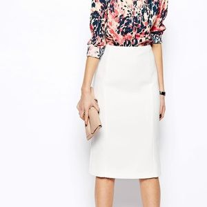 Never worn ASOS white pencil skirt w/seam detail